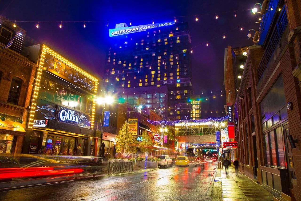 Penn National Gaming Buys Detroit's Greektown Casino