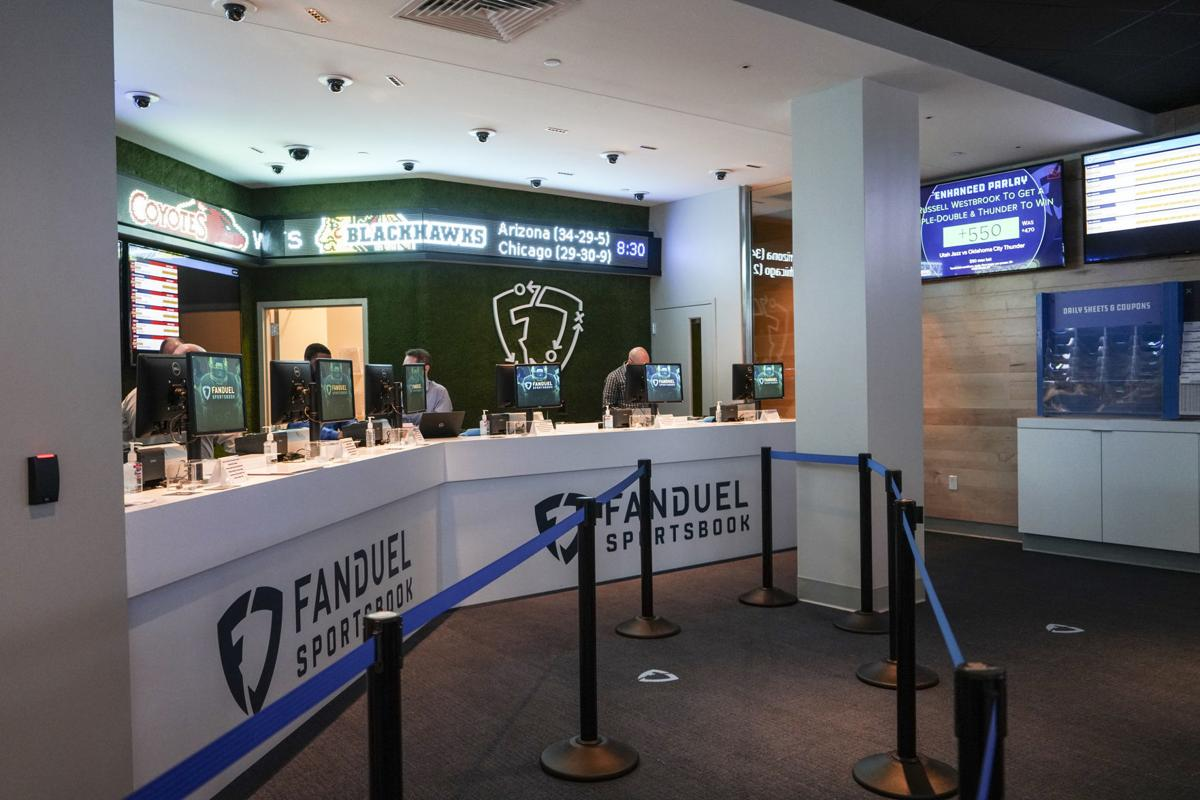 FanDuel Named As Official Fantasy Sports Partner of Indianapolis Colts