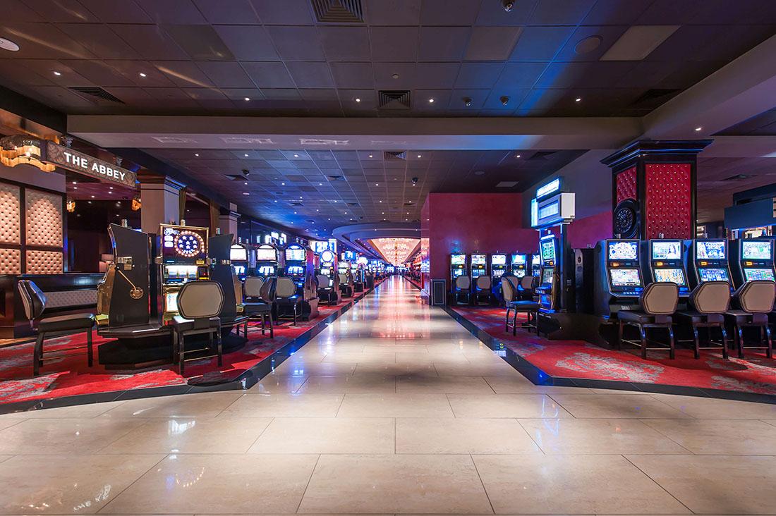 Nevada casino gaming revenue plummets down 40% in march